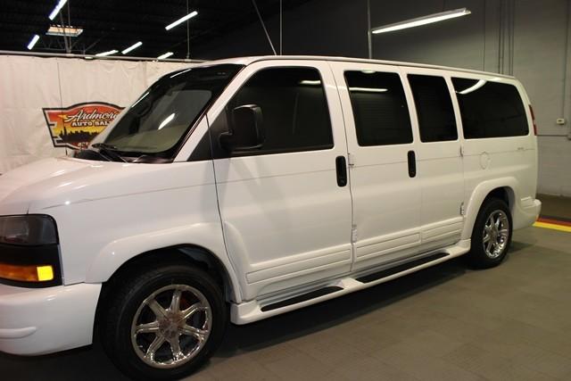 2006 GMC Savana Cargo Van YF7 Upfitter  city Illinois  Ardmore Auto Sales  in West Chicago, Illinois