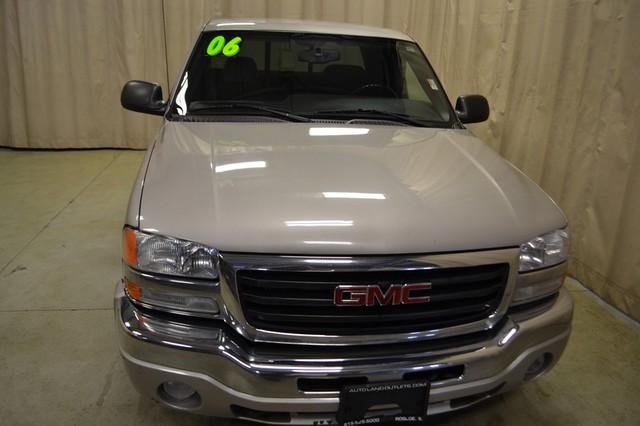 2006 GMC Sierra 1500 SLE1 Roscoe, Illinois 2
