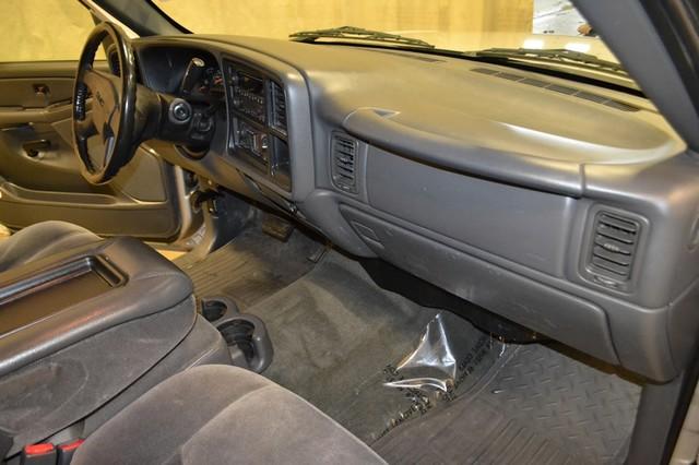 2006 GMC Sierra 1500 SLE1 Roscoe, Illinois 18