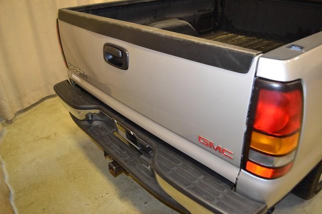 2006 GMC Sierra 1500 SLE1 Roscoe, Illinois 4