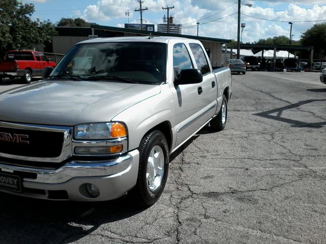 2006 GMC Sierra 1500 SLE2 San Antonio, Texas 1