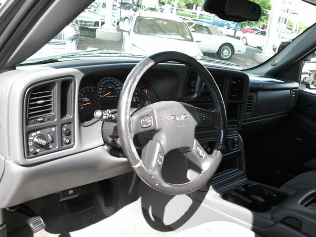 2006 GMC Sierra 1500 SLE2 San Antonio, Texas 12