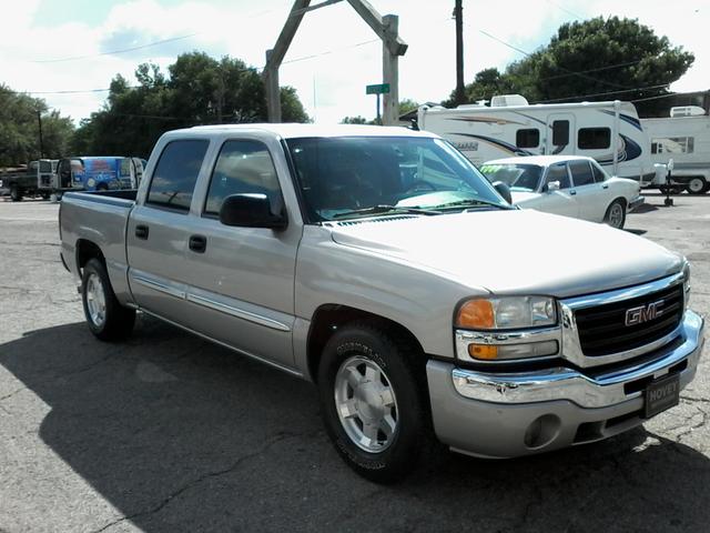 2006 GMC Sierra 1500 SLE2 San Antonio, Texas 3