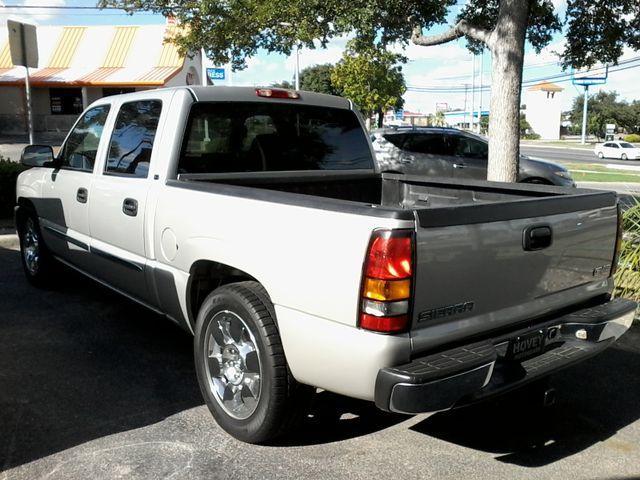 2006 GMC Sierra 1500 SLE2 San Antonio, Texas 33