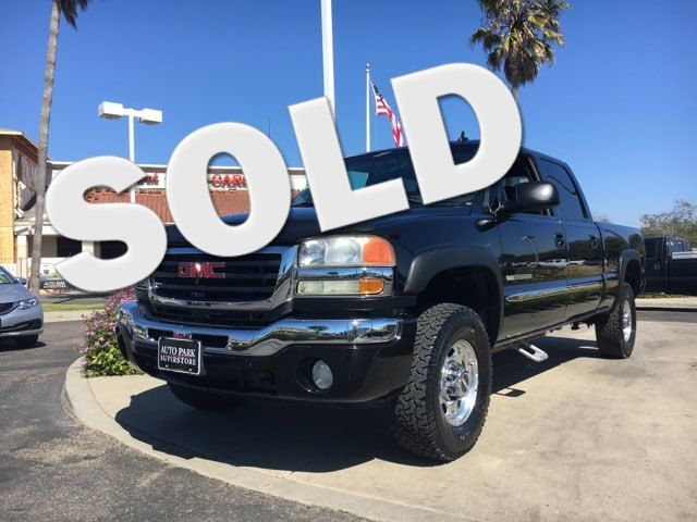 2006 GMC Sierra 2500 SLE Whether you are having fun off-roading or driving in poor conditions you
