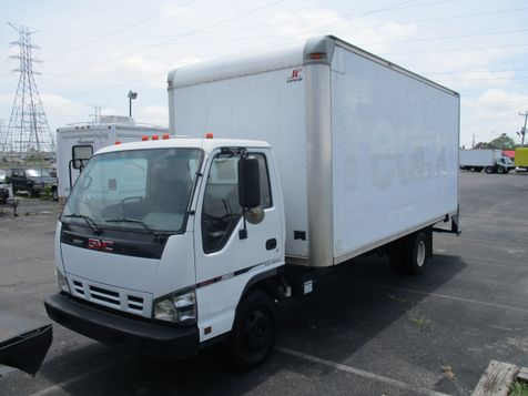 2006 GMC W3S042 W3500 DSL REG OBT AIR PWL in Memphis, Tennessee