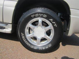 2006 GMC Yukon XL Denali Batesville, Mississippi 14