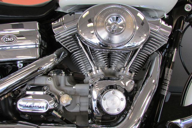 2006 Harley-Davidson Dyna Glide 35th Anniversary Super Glide® Arlington, Texas 15