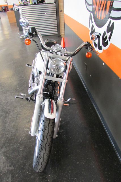 2006 Harley-Davidson Dyna Glide 35th Anniversary Super Glide® Arlington, Texas 4
