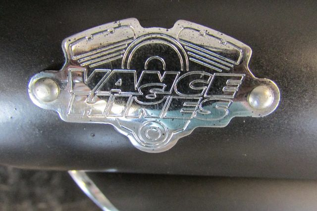 2006 Harley-Davidson Dyna Glide Low Rider® Arlington, Texas 13
