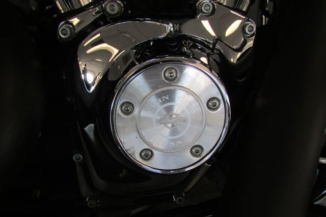 2006 Harley-Davidson Dyna Glide Low Rider® Arlington, Texas 16
