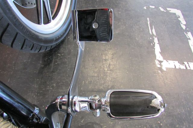 2006 Harley-Davidson Dyna Glide Low Rider® Arlington, Texas 15