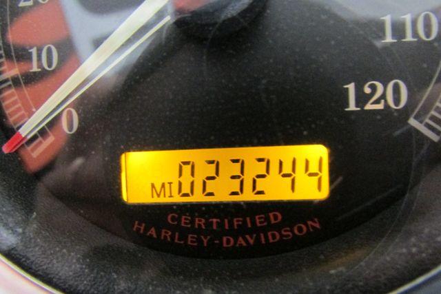 2006 Harley-Davidson Dyna Glide Low Rider® Arlington, Texas 22
