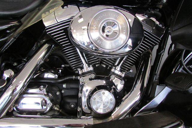 2006 Harley-Davidson Electra Glide® Ultra Classic® Arlington, Texas 17