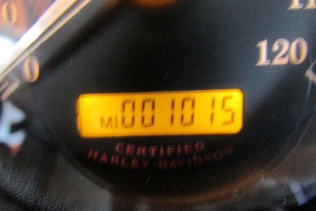 2006 Harley-Davidson Electra Glide® Ultra Classic® Arlington, Texas 31