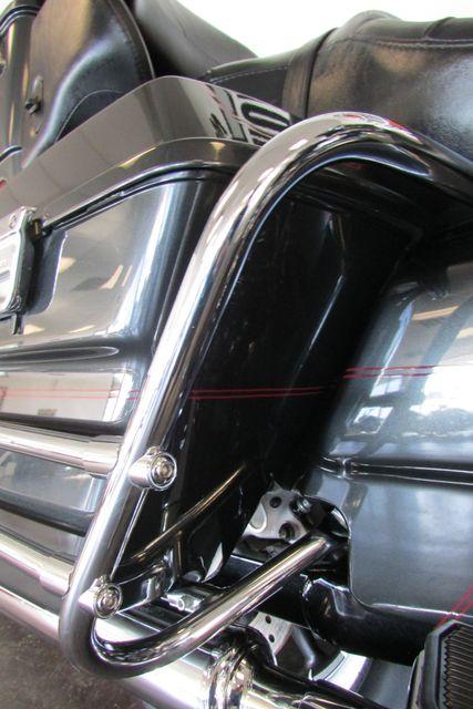 2006 Harley-Davidson Electra Glide® Ultra Classic® Arlington, Texas 13