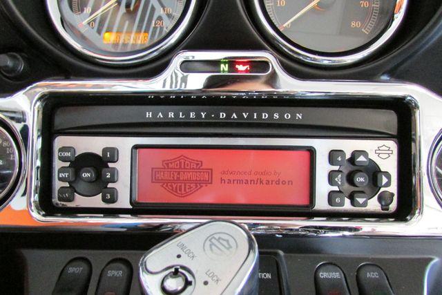 2006 Harley-Davidson Electra Glide® Ultra Classic® Arlington, Texas 34