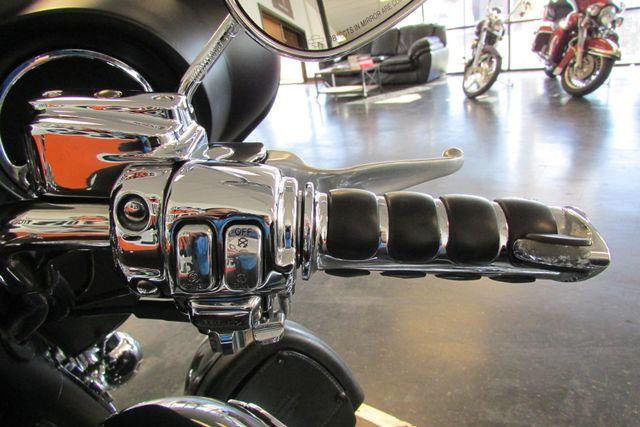 2006 Harley-Davidson Electra Glide® Ultra Classic® Arlington, Texas 36