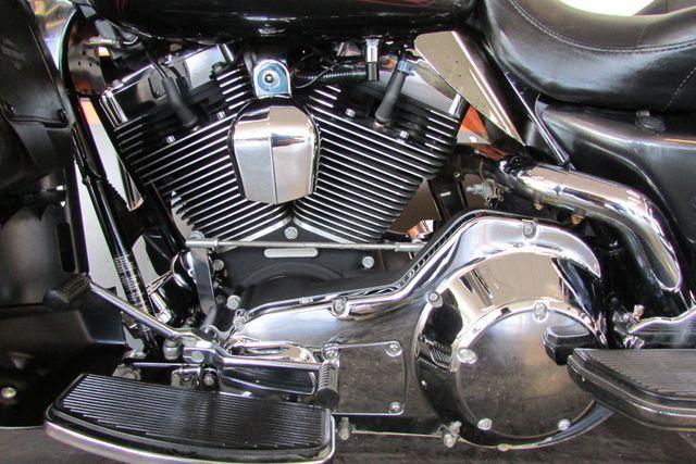 2006 Harley-Davidson Electra Glide® Ultra Classic® Arlington, Texas 49