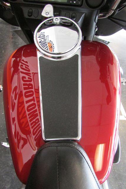 2006 Harley-Davidson Electra Glide® Standard Arlington, Texas 28