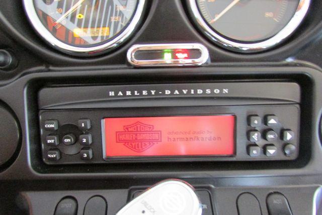 2006 Harley-Davidson Electra Glide® Standard Arlington, Texas 30