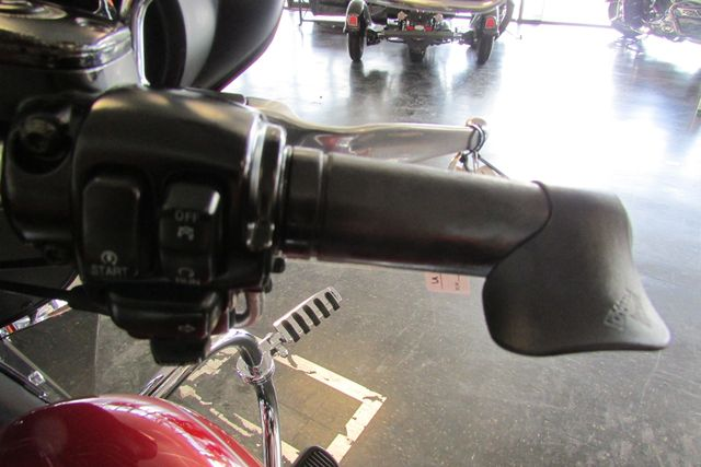 2006 Harley-Davidson Electra Glide® Standard Arlington, Texas 32
