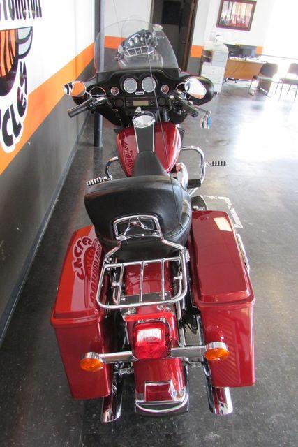 2006 Harley-Davidson Electra Glide® Standard Arlington, Texas 9