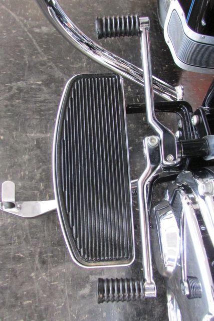 2006 Harley Davidson SOFTAIL HERITAGE CLASSIC FLSTCI Arlington, Texas 37