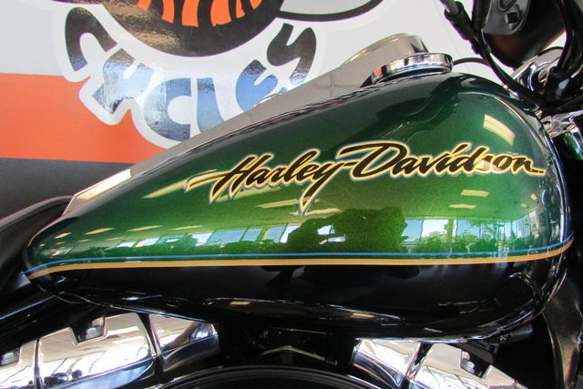 2006 Harley-Davidson Road King® Classic Arlington, Texas 20