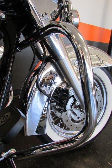 2006 Harley-Davidson Road King® Classic Arlington, Texas 21