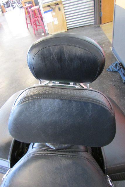 2006 Harley-Davidson Road King® Classic Arlington, Texas 26
