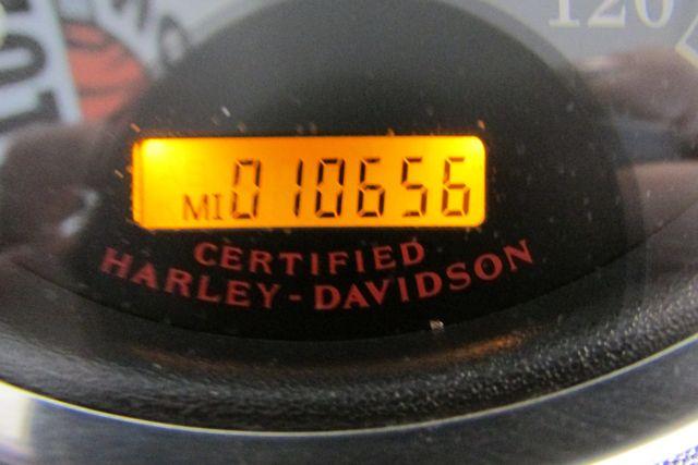 2006 Harley-Davidson Road King® Classic Arlington, Texas 28