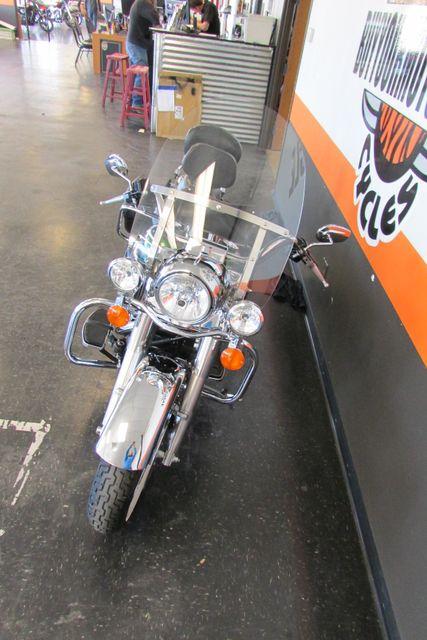 2006 Harley-Davidson Road King® Classic Arlington, Texas 4