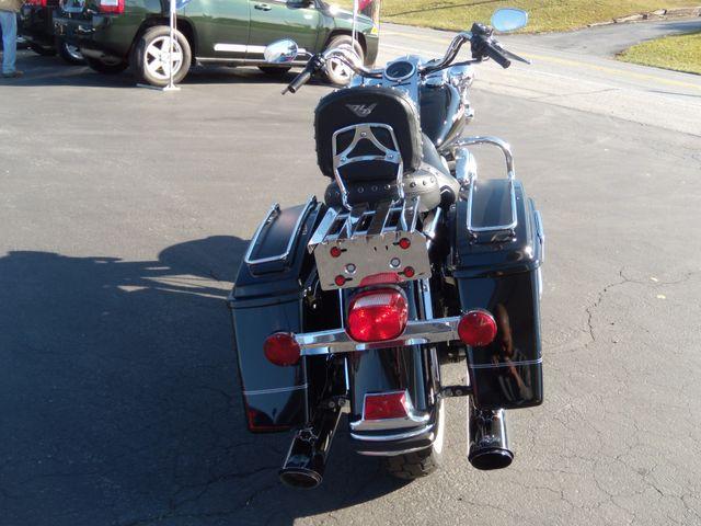 2006 Harley-Davidson Road King® Base Ephrata, PA 3