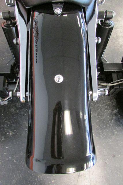 2006 Harley-Davidson Sportster® 1200 Custom Arlington, Texas 9