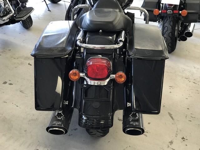 2006 Harley-Davidson Street Glide™ Base Ogden, Utah 5