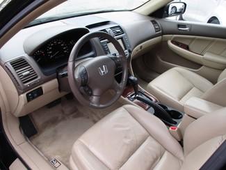 2006 Honda Accord EX-L V6 with NAVI Milwaukee, Wisconsin 6