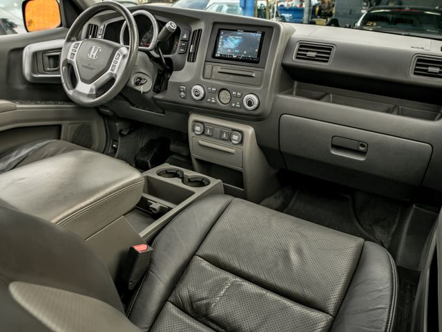 2006 Honda Ridgeline RTL with MOONROOF Burbank, CA 13