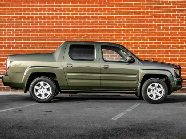 2006 Honda Ridgeline RTL with MOONROOF Burbank, CA 6