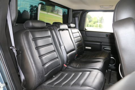 2006 Hummer H2 Sut Luxury Roof Bose Navi HTD SEATS LIFTED 20 INCH FUELS WRAPPED IN 37 TOYOS CLEAN CARFAX SERVICED DETAILED READY TO GEAUX | Baton Rouge , Louisiana | Saia Auto Consultants LLC in Baton Rouge , Louisiana