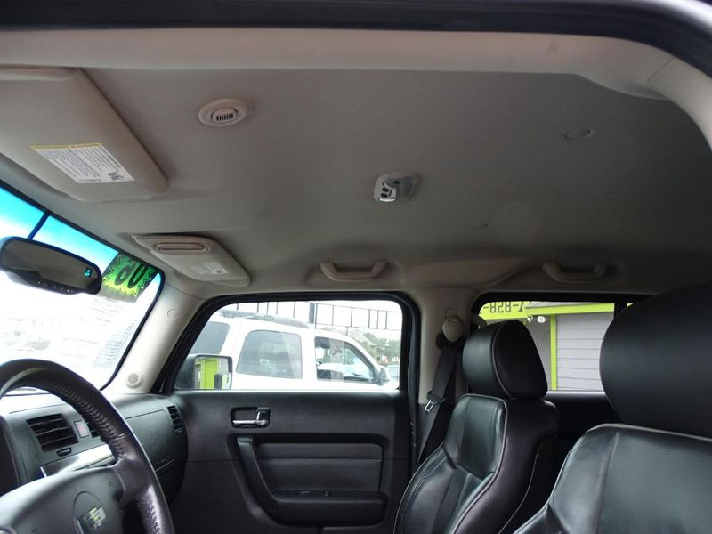 2006 Hummer H3 Leather Seats LOW MILES  in Austin, TX