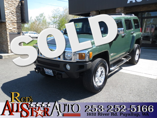 2006 Hummer H3 4WD 4X4 One Owner Leather Sunroof This luxury four wheel drive is ready to hit