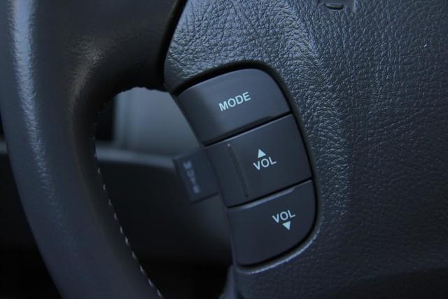 2006 Hyundai Azera SE Santa Clarita, CA 23