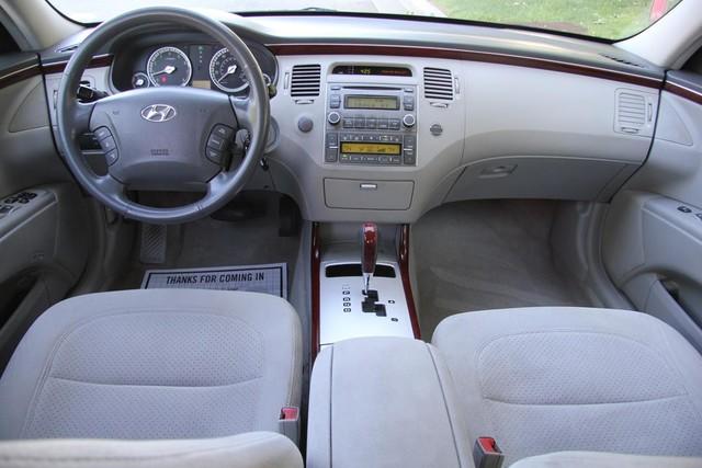 2006 Hyundai Azera SE Santa Clarita, CA 7