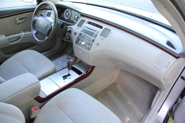2006 Hyundai Azera SE Santa Clarita, CA 9