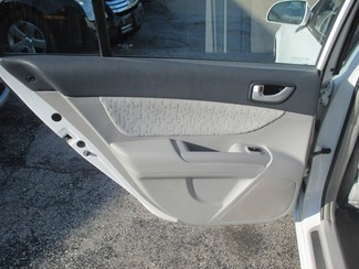 2006 Hyundai Sonata GLS Saint Ann, MO 10
