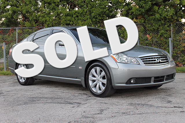 2006 Infiniti M35  WARRANTY CARFAX CERTIFIED AUTOCHECK CERTIFIED FLORIDA VEHICLE TRADES WEL