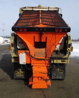 2006 International 7400 Snow Plow Dump Truck, 11', Dump with Spreader ., . 21