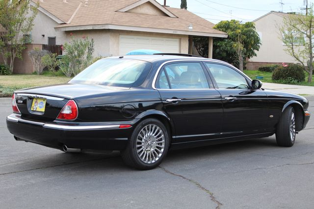 "2006 Jagar XJ VANDEN PLAS NAVIGATION 19"" ALLOY WHLS SERVICE RECORDS XENON LEATHER Woodland Hills, CA 40"