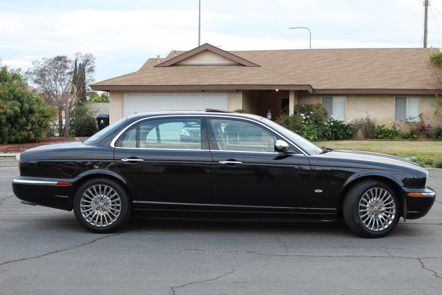 "2006 Jagar XJ VANDEN PLAS NAVIGATION 19"" ALLOY WHLS SERVICE RECORDS XENON LEATHER Woodland Hills, CA 9"